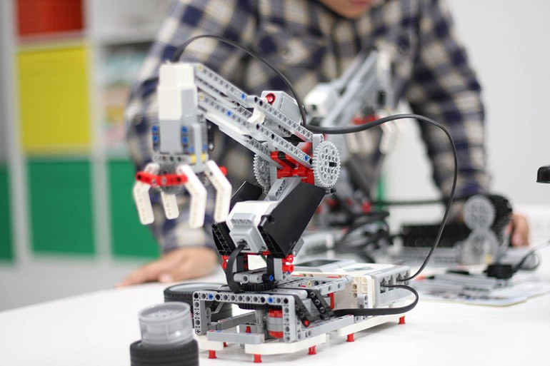 Робототехника франшиза